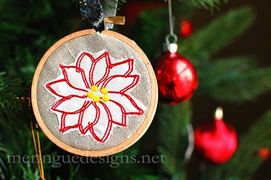 Picture of Poinsettia Applique & Outline